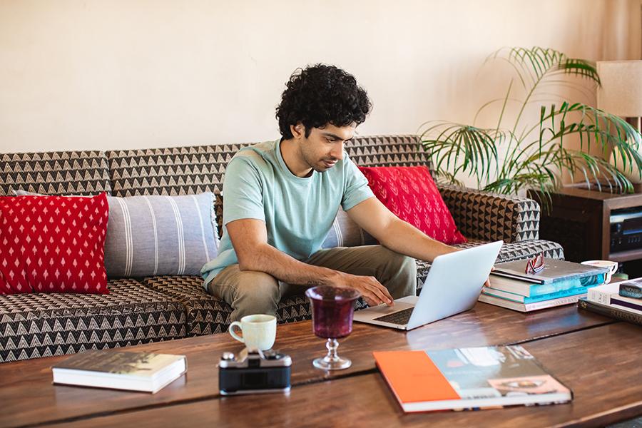 PayPal se ha mantenido a la vanguardia de la revolución de los pagos digitales y en HOT SALE puedes usar tú cuenta PayPal y facilidades de pago