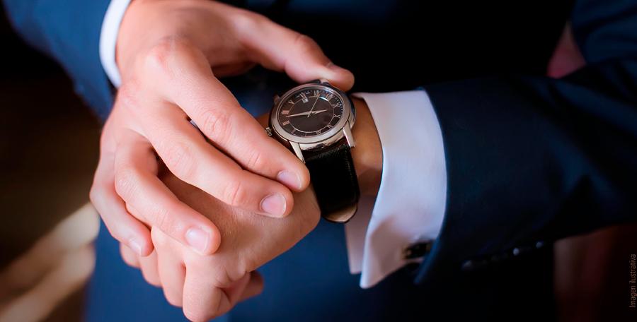 En Tienda Monte encuentra relojes, dijes, aretes, collares, anillos y pulseras a un costo menor y con promociones.