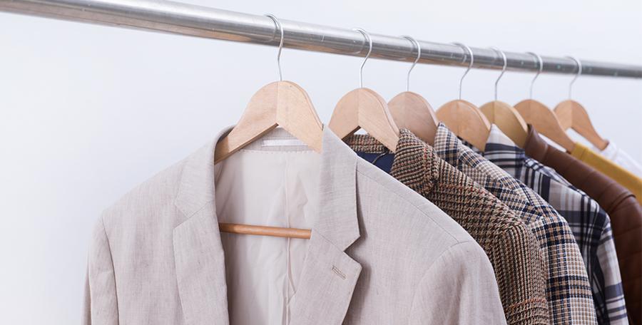 Tommy Hilfiger tiene las prendas ideales para crear un buen outfit conformado por piezas claves, que reflejen la personalidad y un estilo único.